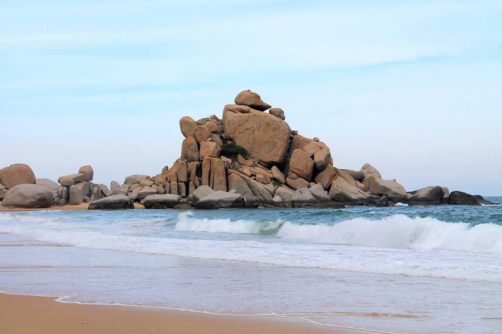 Bãi đá mũi dinh